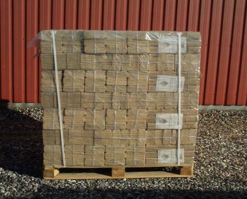 Fremragende Træbriketter lys nåletræ - 960 kg - 10 kg poser - Fra 1594 DKK pr IW89